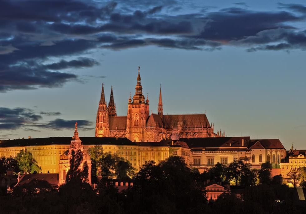 prague-castle-night-lights