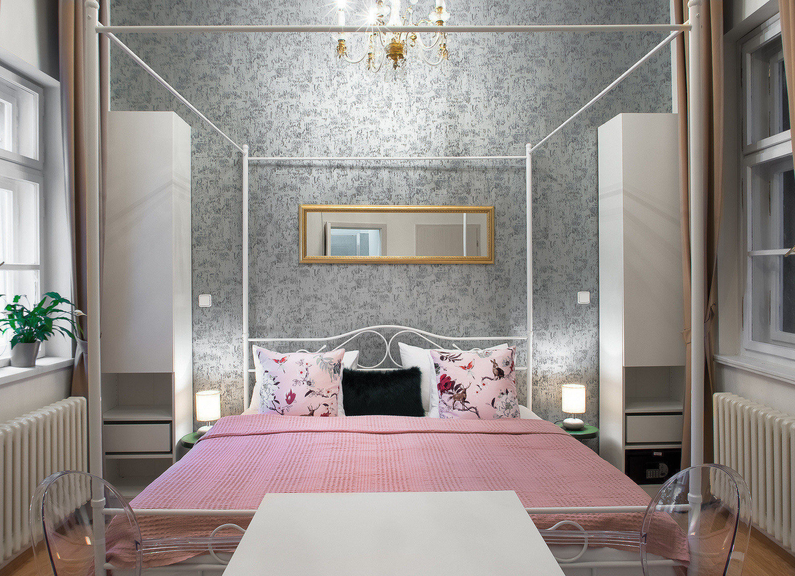 7 tales suites studio cinderella prague residence for Royal boutique residence prague tripadvisor